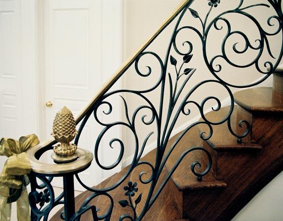 cau thang sat my nghe hinh 1%20(2) - 100+ mẫu lan can-cầu thang sắt nghệ thuật cổ điển đẹp xuất sắc
